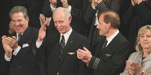 오바마 대통령 취임식에 참석한 U.S.Airway의 체슬리 설런버거 기장